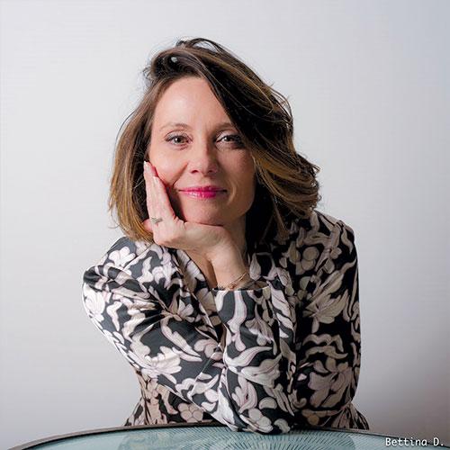 Découvrez l'interview de Véronique LIESSE